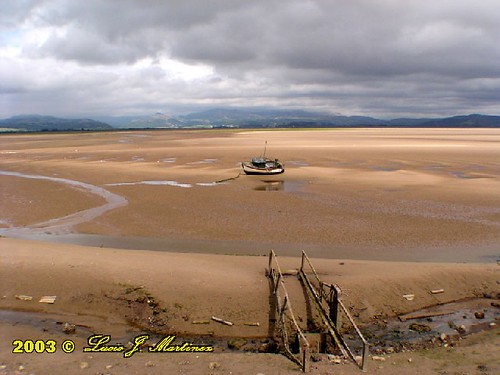 "Millom - Low tide • <a style=""font-size:0.8em;"" href=""http://www.flickr.com/photos/26679841@N00/299568940/"" target=""_blank"">View on Flickr</a>"