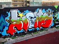 SION (S I O N) Tags: skull graffiti pieces graf bubble spraypaint aerosol sion