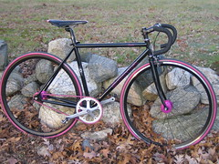 SOMA Rush (lodri) Tags: pink bike bicycle fixie fixedgear soma chrisking duraace philwood somarush sugino fizik tehhawt philhubs