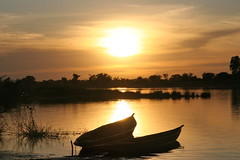 Sunset in Mali (Ferdinand Reus) Tags: africa travel sunset sun niger clouds river evening boat searchthebest canoe mali djenne fleuve afrique bani  piroque abigfave