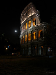 Ancient Beauty under a Full Moon (Landersz) Tags: italy moon rome roma bravo colosseum colosseo outstandingshots abigfave impressedbeauty