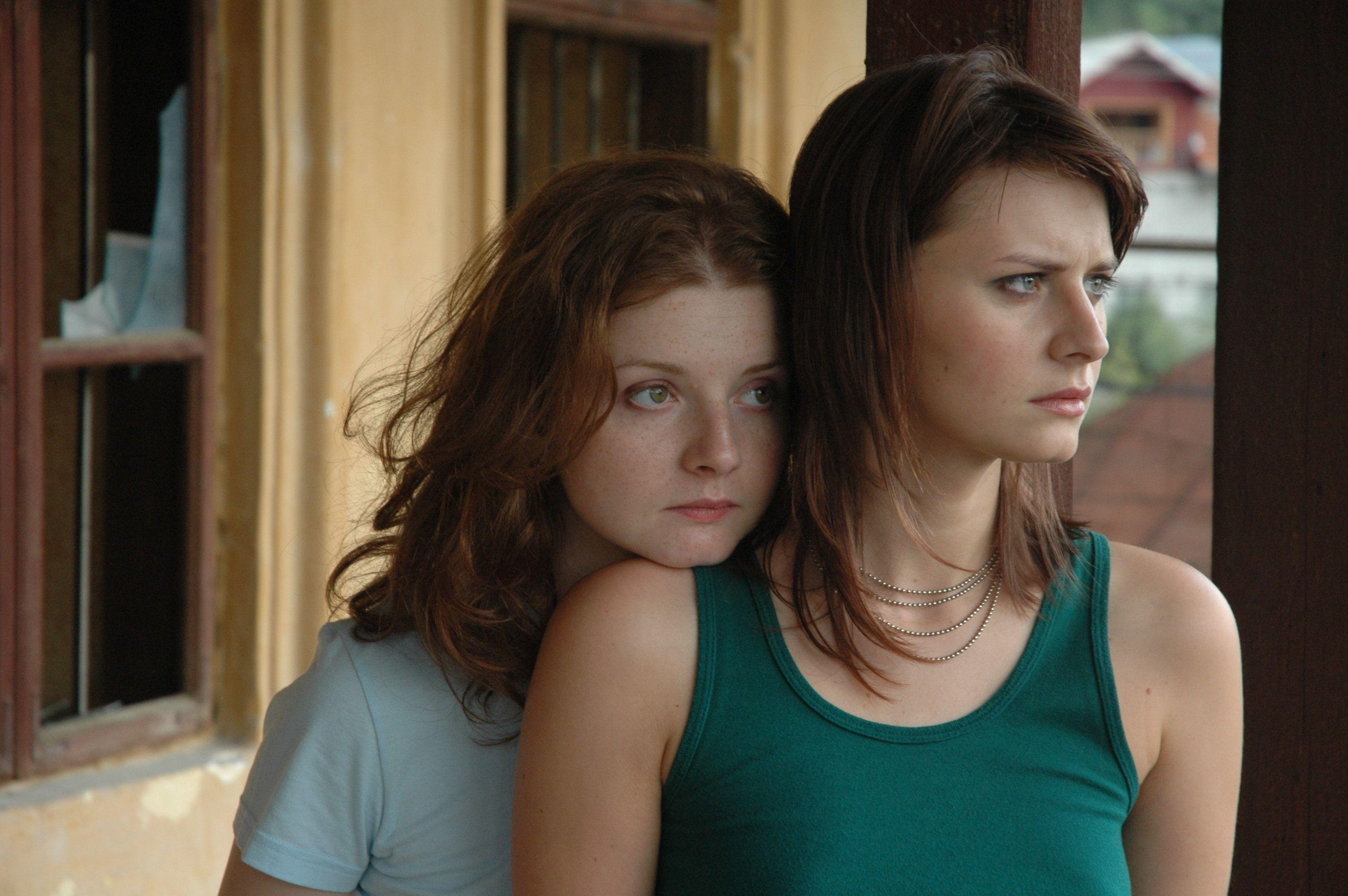 lesbiyskie-filmi-v-otlichnom-kachestve-smotrit-kak-troe