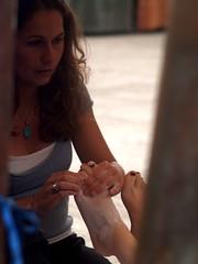 Reflexology (Catching Magic) Tags: newzealand people feet market olympus auckland massage e300 tiraudan reflexology aotea