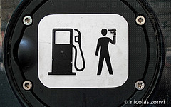 Charging Gas Kills (Nicolas Zonvi) Tags: auto berlin strange car station sign wow germany fun death weird loco 2006 gas what alemania nafta benzin sonydscw50 charginggaskills nicolaszonvi