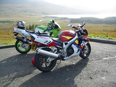 2 old boys admiring the view (Lets Bike It (Howard D Mattinson in Canonbie)) Tags: honda scotland ninja stock blade kawasaki stockphoto superbike zx9r stockphotography fireblade stockfoto mattinson letsbikeit howardmattinson hdmattinson howarddmattinson