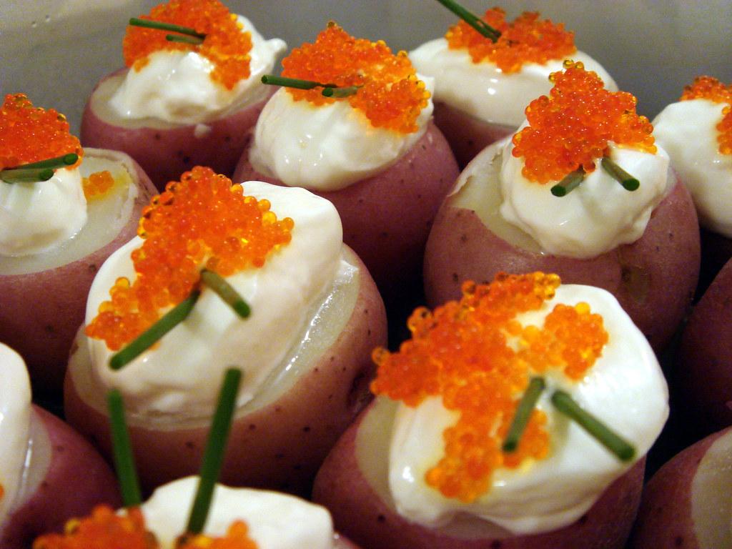 Mini Red Potato With Sour Cream And Tobiko