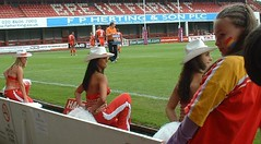 Cowgirls: during London Broncos 68 Widnes Vikings 10 (2005) (cheerleaders_cowgirls) Tags: girls london cow code cheerleaders dancers dancing rugby cheer leaders 13 cowgirls broncos league x111
