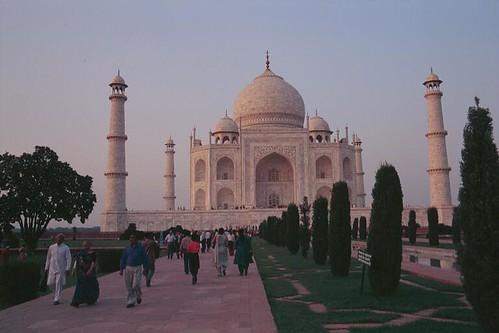 390-Taj-Mahal