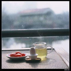 Tea time,a sunshine afternoon at  tea house (Teng...11) Tags: 120 tlr film square fuji shanghai 100 provia chinesetea oolong rdp rolleiflext