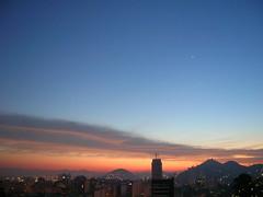 Mais um dia amanhecendo em Niteri! (Bemarinho) Tags: sunrise ceu amanhecer niteroi