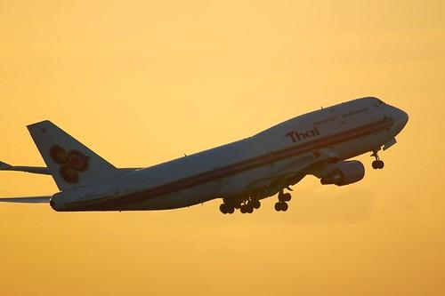 TG Boeing747-400
