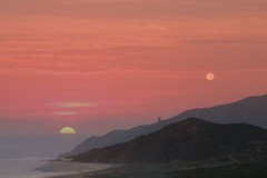 The sun and the moon...... (tollen) Tags: collage mexico bravo gorgeous pacificocean sunset100506 moonset100706 fullmoon100606 whenitrose settingbehindsamemountainalmost