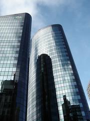 edificios que reflejan EDIFICIOS (ellamiranda) Tags: viaje newzealand edificios auckland reflejos vidrios