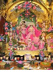 IMG_6561 (Bhaktivedanta Manor Deities) Tags: radhakrishna