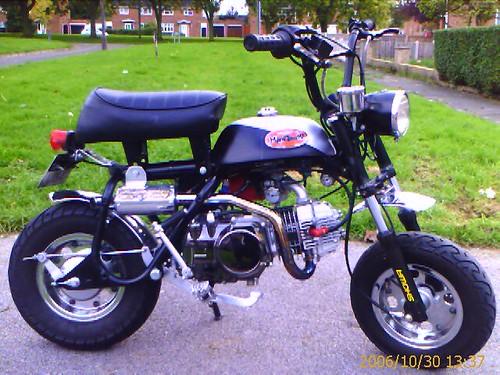 Honda Mini Trail Z50A Monkey Bike