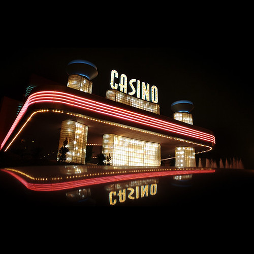 Hollywood Park Casino - Attractions - 3883 W Century Blvd, Inglewood, CA, 90303, US
