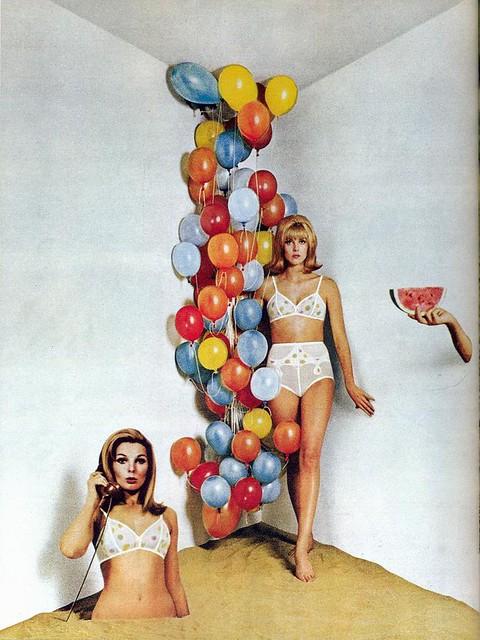 Plaza 8 ad, 1966