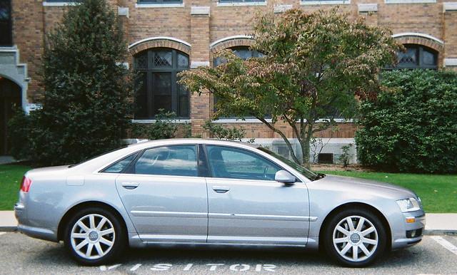 sedan audi a8 luxurycar