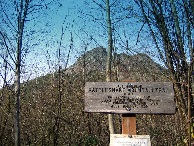 Rattlesnake Ledge trailhead with Rattlesnake Ledge in the background