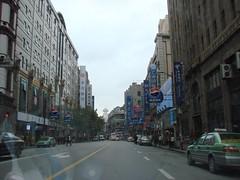Nanjing Road East, Shanghai (daveyang) Tags: china shanghai nanjingroad pedestrianwalkway