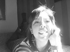 Shine monocromatic (yAniNa_pO) Tags: portrait blanco me face sunshine hair y negro half monocromatico