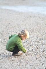 mi hijo descubriendo la playa en invierno (briveira) Tags: beach child playa nio mio briveiracom