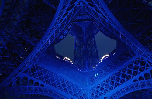 Tour Eiffel Bleue