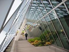 Seattle Public Library IMG_2865 (OZinOH) Tags: seattle library explore seattlepubliclibrary washingtonstate publiclibrary ll100 a610073mm