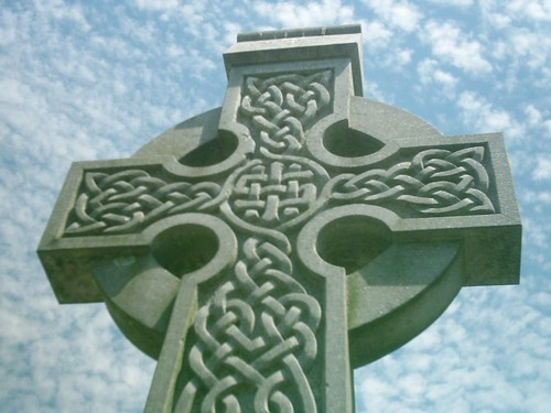 Cruz celta (en un Memorial irlandés en Louisiana, EE.UU.)