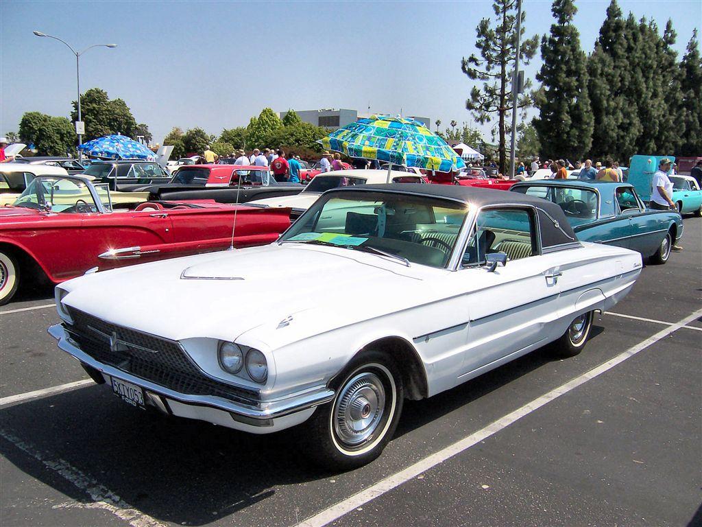 1966 Ford Thunderbird Town