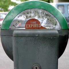 Time's Up! (Dave Ward Photography) Tags: 2005 railroad usa circle us washington unitedstates mechanical time parking unfound hour round squaredcircle bellingham wa hours meter expired praiseandcurseofthecity squared whatcom davewardsmaragd