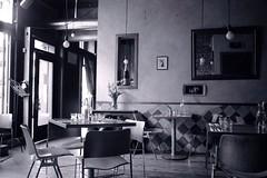 Crepe Cafe, Seattle, 2005 (artandscience) Tags: leica m2 cafe crepe bw colorskopar kodak tmax