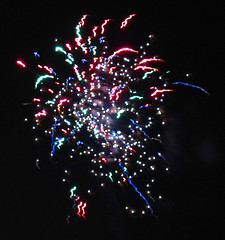 confetti (scoop906) Tags: beach wow newjersey colours fireworks asburypark nj boom whatisit celebration fourthofjuly bloom asbury ooh monmouthcounty burst july4th streaks blast starburst holycrap scoop906