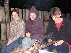 Laurita, Akvile ir Saras (Kukas) Tags: laurita akvile saras ugnis donuziosodas