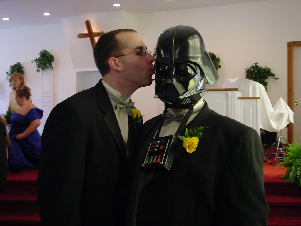 Jerry kisses Darth
