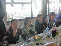 14-17-41(Ser)-Comiendo_en_el_Nautico_de_San_Isidro(3) (Centro Amigos del Pedal (3)) Tags: tigre sanisidro 25052005 centroamigosdelpedal