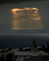 Suns's rays from the clouds (cienne45) Tags: friends italy wow wonderful spectacular ilovenature nice albaluminis gorgeous awesome liguria great cienne45 carlonatale explore genoa excellent zena fv10 natale pippo interestingness282 i500 100comments 1on1sunrisesunsets abigfave bonzag ghesemmu spiritofphotography exploreexset explore1336 mybeautifultown