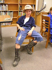 Huck Finn (Old Shoe Woman) Tags: school costumes students reading books bookcharacters redribbonweek readathon yearbook2006 drugawareness