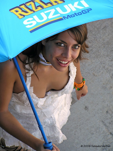 Paddock Umbrella Girl with japanese girl, paddock suzuki motogp