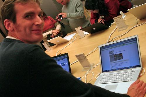 Apple store subversion