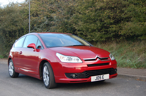 Citroen C4 Coupe Vts. 2005 Citroen C4 Coupe VTS