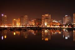 Baywalk, Roxas Boulevard (Raul Wong Roa) Tags: travel reflection water night lights iso100 harbor nightshot philippines manila baywalk yatch ccp raulwongroa