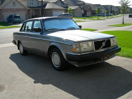89 Volvo 240 Dl. 1990 240 Volvo DL by
