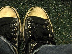 green carpet converse (Megan Finley) Tags: black green carpet shoe shoes converse carpets allstar chucks chucktaylors allstars chucktaylor
