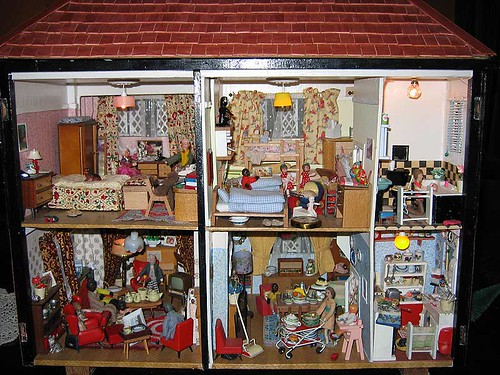Julie's Dollshouse