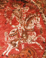CESRAS image KMA711-3-Heros-rechts (CESRAS) Tags: persia ukraine textiles kiev coptic sassanian lateantiquity sassanid cesras