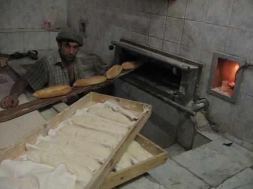 A baker's dozen thanks (Refahiye, Turkey) / トルコのパン工場(トルコ、レファヒエ町)