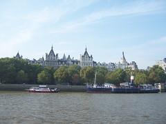 100_1369.JPG (Miki the Diet Coke Girl) Tags: england london thamesriver riverboatcruise
