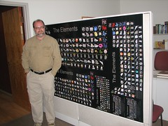 Theodore Gray in his element. (Kathryn Cramer) Tags: wolfram periodictable wri theodoregray theelements wtc2006 theogray