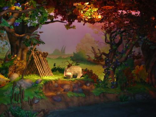 小熊維尼獵蜜記-場內一景